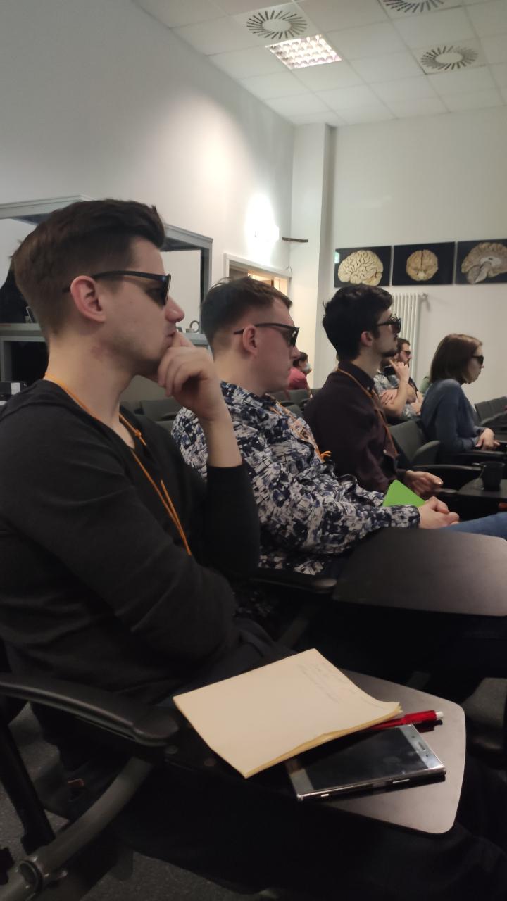 VR-технологии в обучении и практике врачей